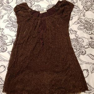 FREE with any purchase! Mocca top